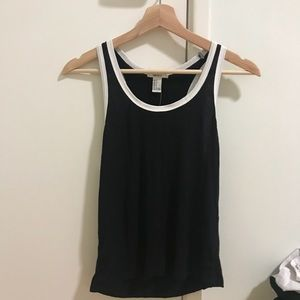 MUST GO 🌼 FOREVER 21 S TANK MUSCLE TEE